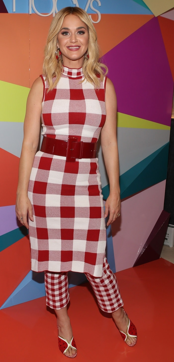 Katy Perry in a plaid tangerine tunic dress and pants by Staud