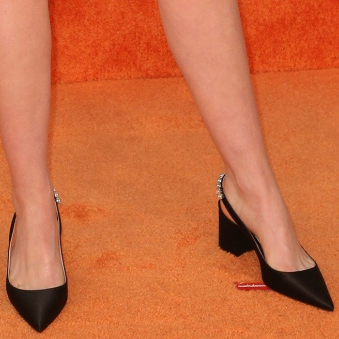 Kiernan Shipka's pretty feet in black jewel star slingback pumps