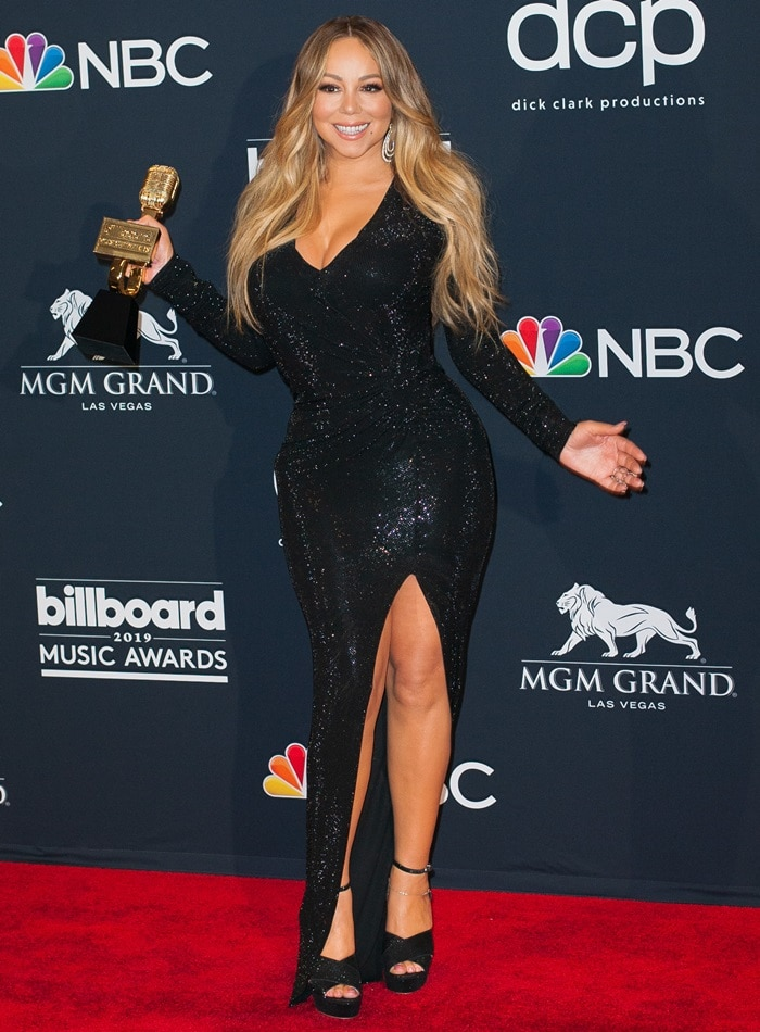 Mariah Carey held onto her Icon Award at the 2019 Billboard Music Awards held at the MGM Grand Garden Arena in Las Vegas on May 1, 2019