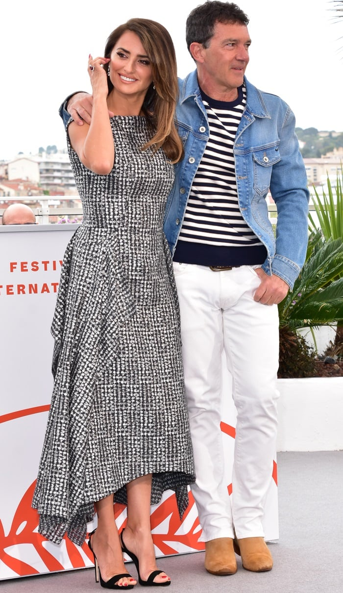 Antonio Banderas and Penelope Cruz at the Pain & Glory (Dolor Y Gloria) photocall