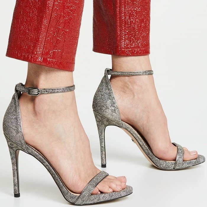 A simple (but never boring!) silhouette is given a glamorous update with metallic mesh on these Sam Edelman sandals—for a pump that is pretty much guaranteed to look good with everything