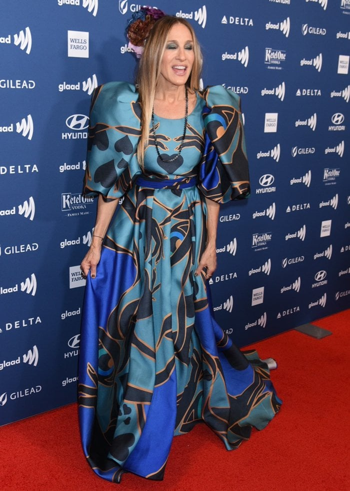 Sarah Jessica Parker's printed dress featuring puff sleeves and a sizable train