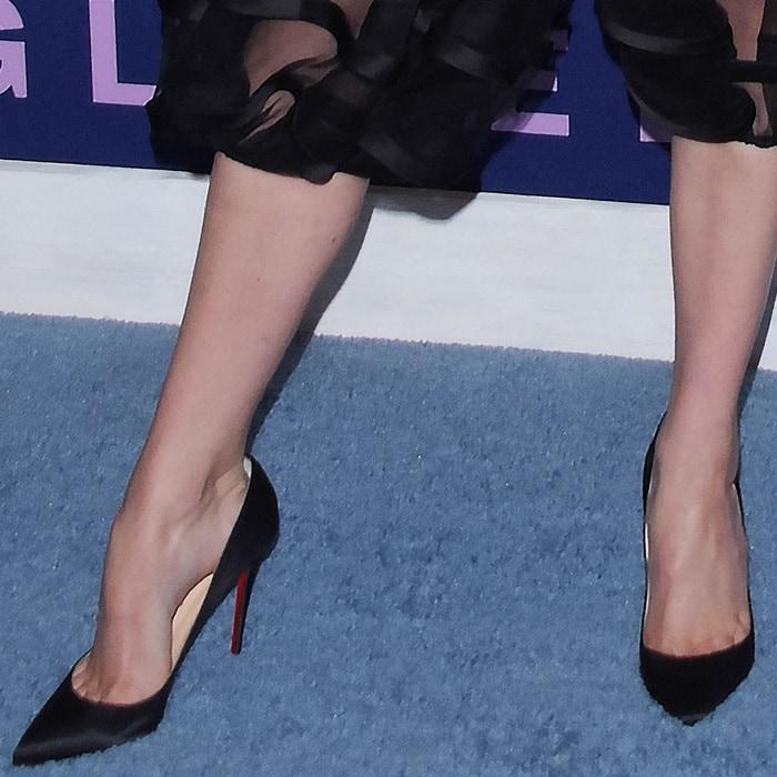 Shailene Woodley's Christian Louboutin 'Pigalle Follies' pumps