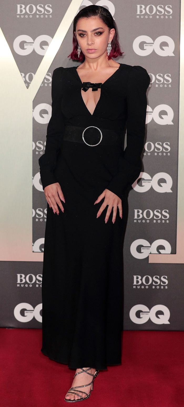 Charli XCX was hot in black at the 2019 GQ Men of the Year Awards