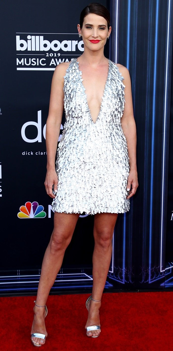 Cobie Smulders had legs for days as she arrived at the 2019 Billboard Music Awards