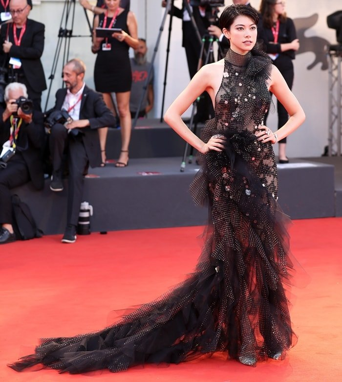 Hikari Mori wore Chiara pumps on the red carpet at the premiere of Joker during the 2019 Venice Film Festival