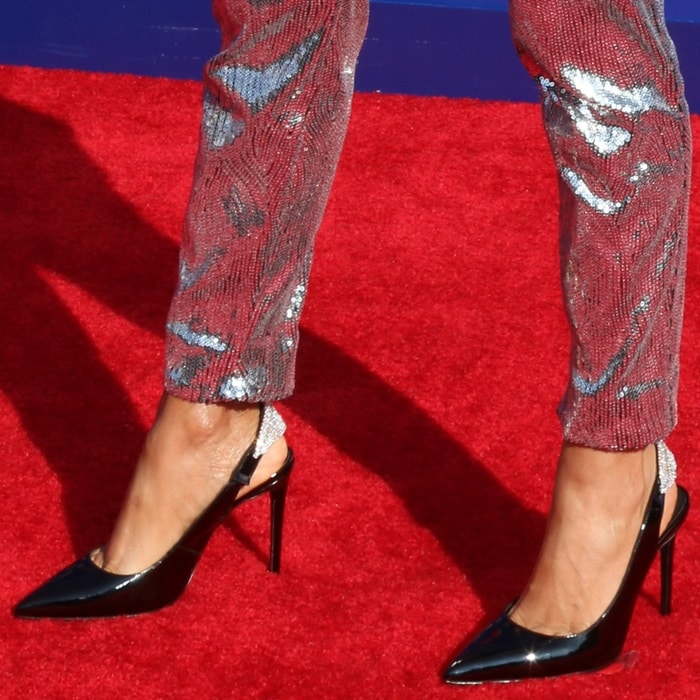 Jada Pinkett Smith's hot feet in black patent Susine slingback pumps from Giuseppe Zanotti