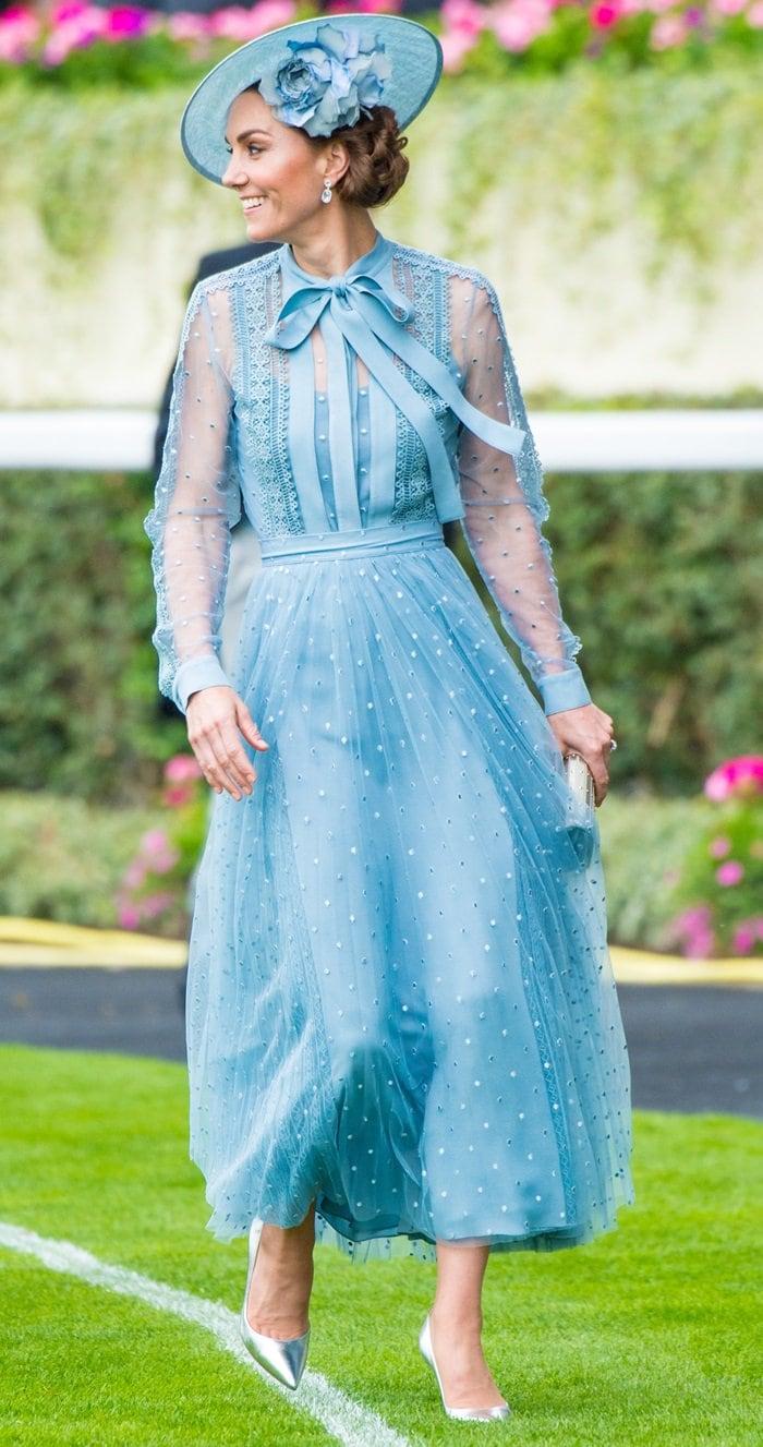 Catherine, Duchess of Cambridge (aka Kate Middleton) wore metallic Gianvito Rossi pumps
