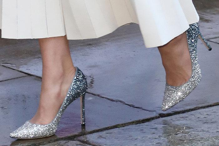 Kate Middleton's feet in Jimmy Choo 'Romy' glitter dégradé pumps