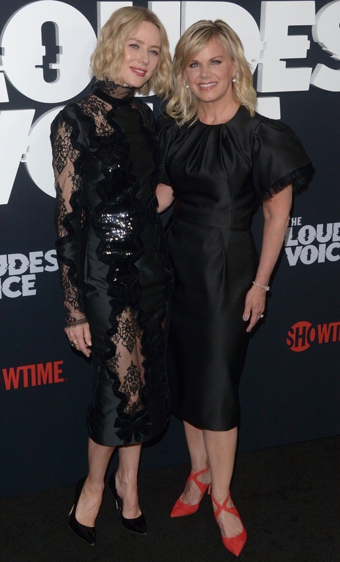 Naomi Watts posed with journalist Gretchen Carlson while attending the premiere of her limited series The Loudest Voice