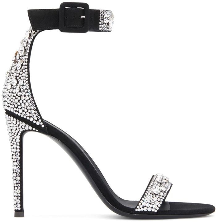 These high-heel sandals are characterized by their embroidered crystal decoration, embellishing the front band, the heel cap and the ankle strap