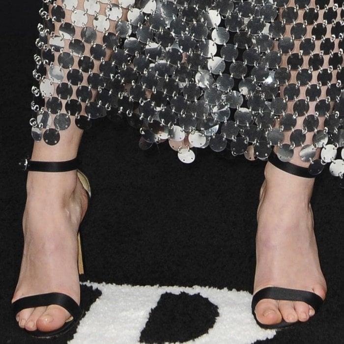 Sophie Turner's hot feet in Manolo Blahnik sandals