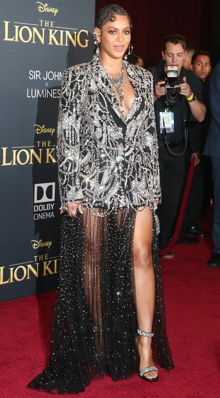 Beyoncé Giselle Knowles-Carter flashed her legs on the red carpet as she arrived at the premiere of The Lion King
