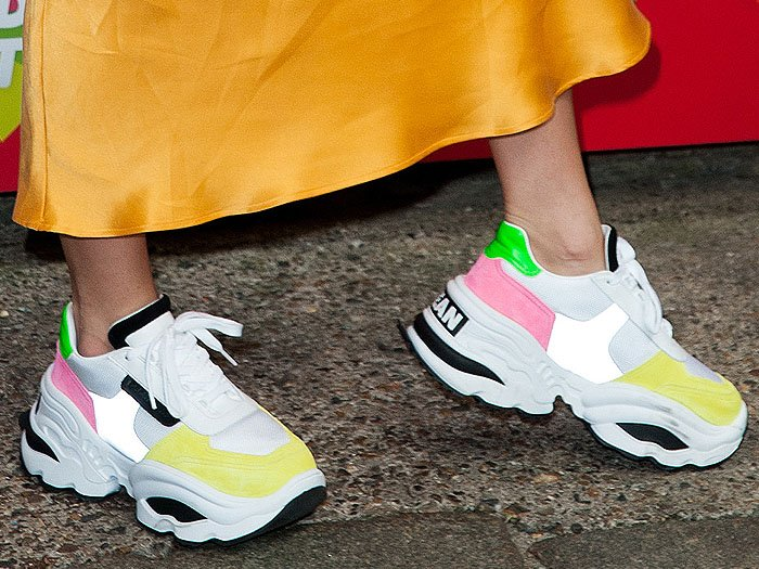 Closeup of the DSquared2 The Giant Hike sneakers on Lottie Moss