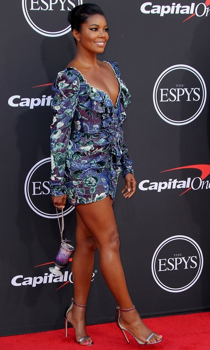 Gabrielle Union flaunted her legs in a blue and purple dress