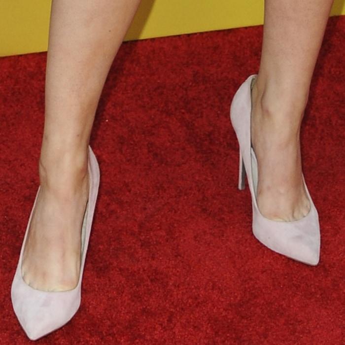 Landry Bender's sexy feet in Danna stilettos from Sam Edelman
