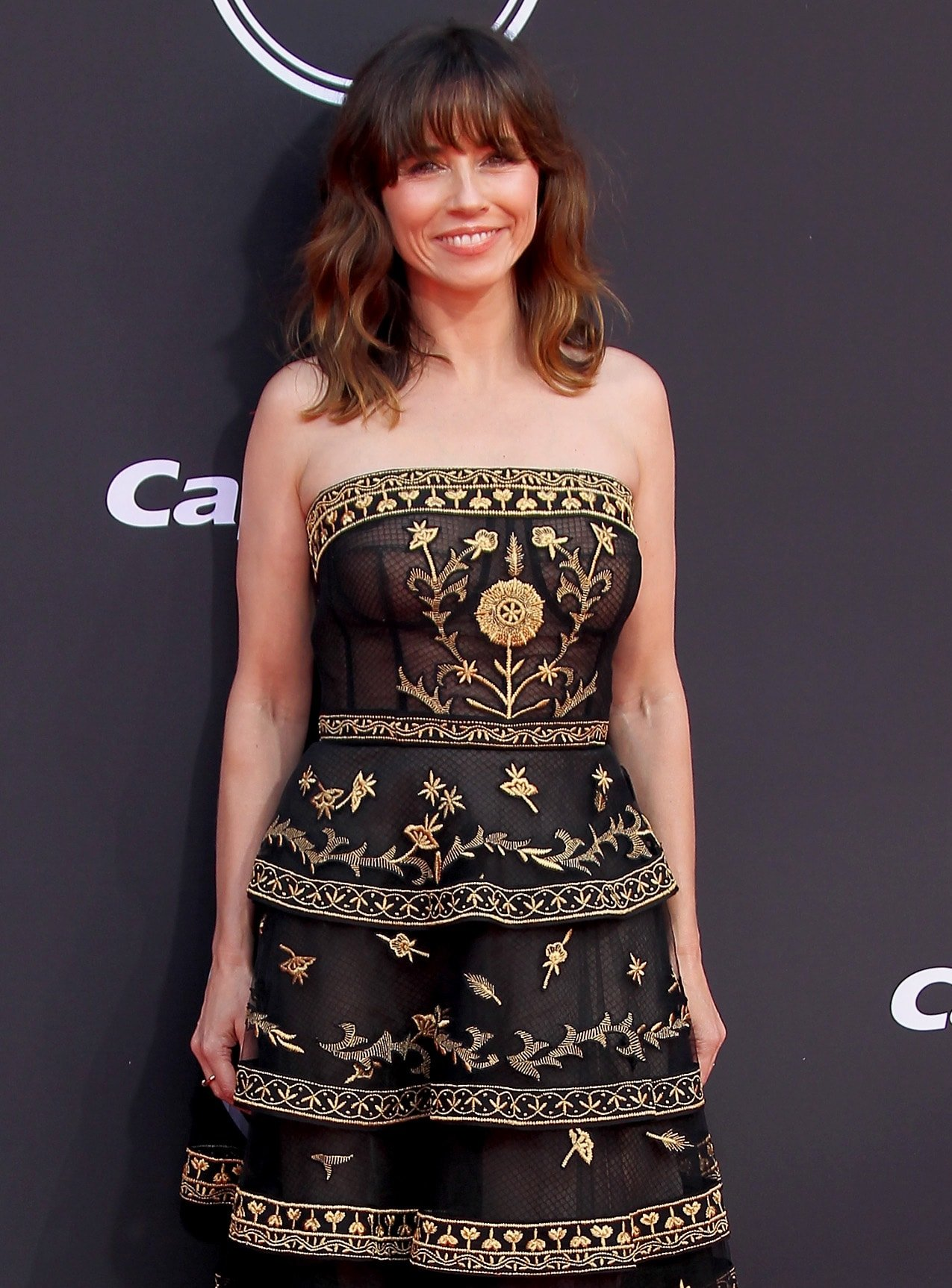 Linda Cardellini arrives at the 2019 ESPY Awards