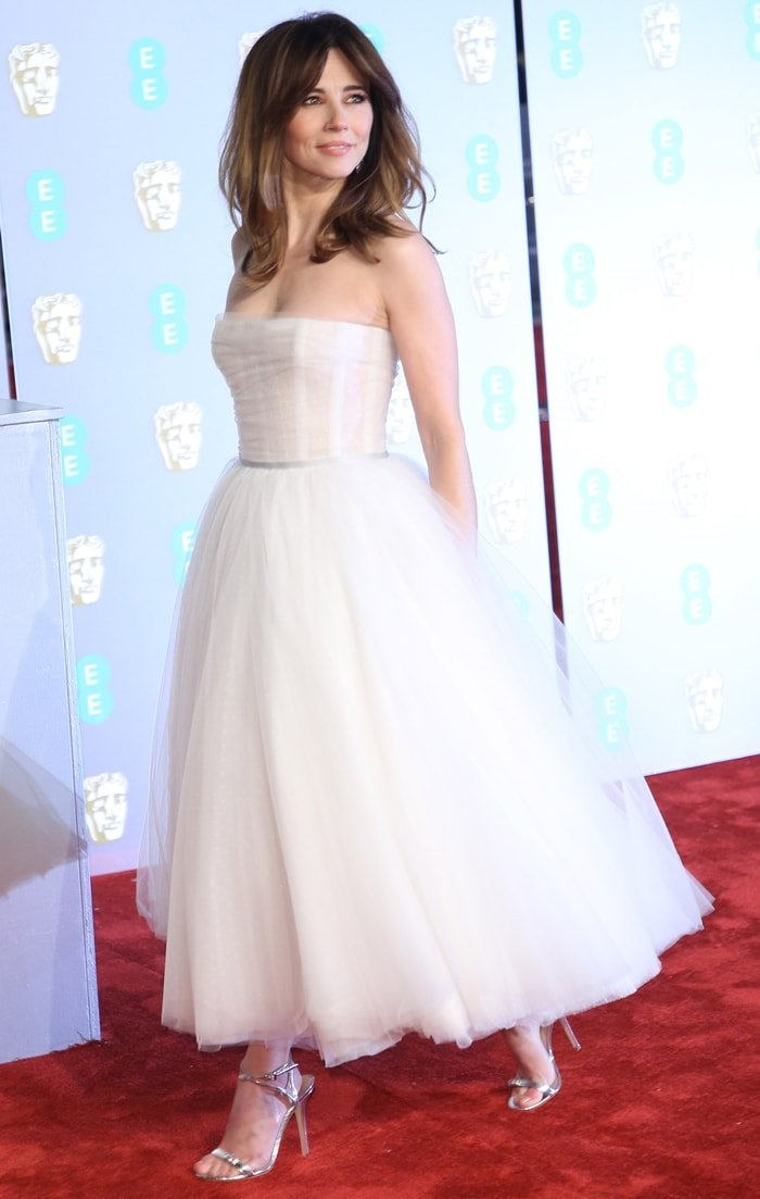 Linda Cardellini donned a white Paolo Sebastian Fall 2018 Couture dress
