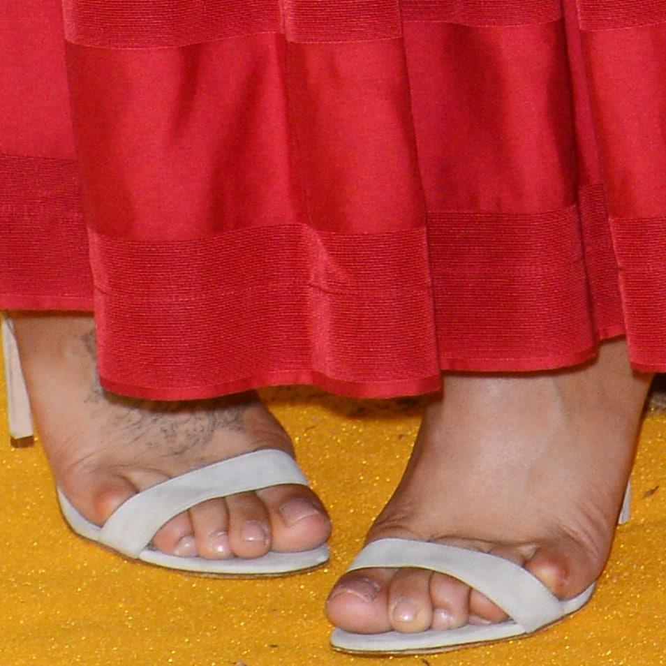 Nathalie Emmanuel's sexy feet in Manolo Blahnik sandals