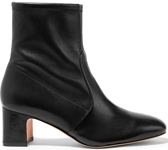 These black boots have a chic round toe and manageable 60mm block heel