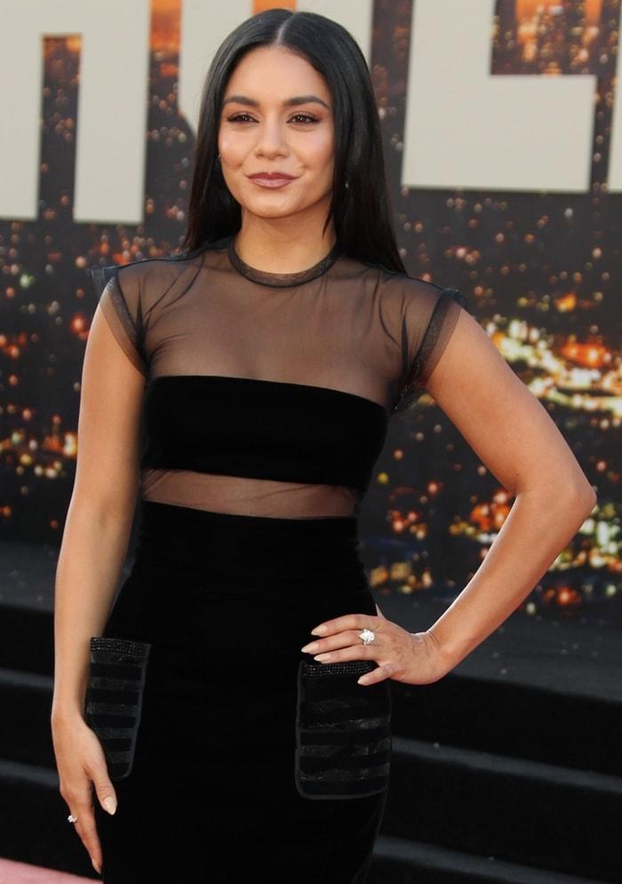 Vanessa Hudgens' straight off-the-shoulder hair