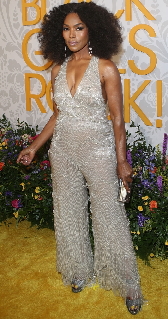 Angela Bassett was honored with the Icon Award at the 2019 Black Girls Rock Awards