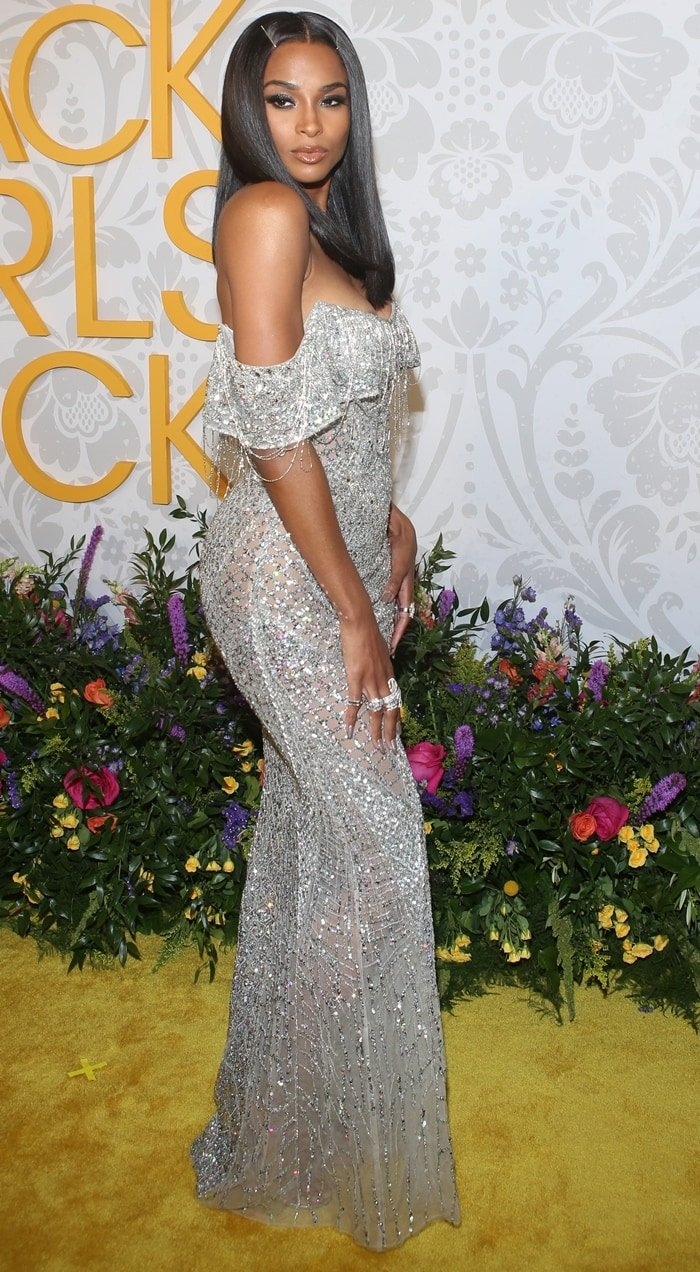 Ciara accepted the Rock Star Award in an embellished Zuhair Murad dress