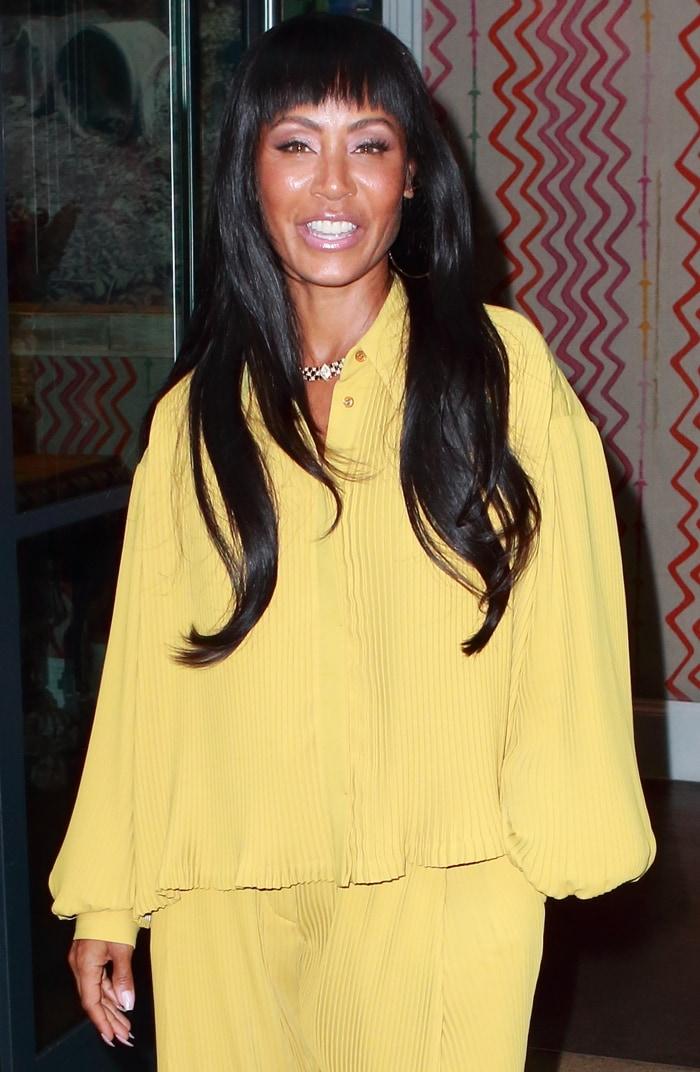 Jada Pinkett Smith's black hair was styled in soft waves