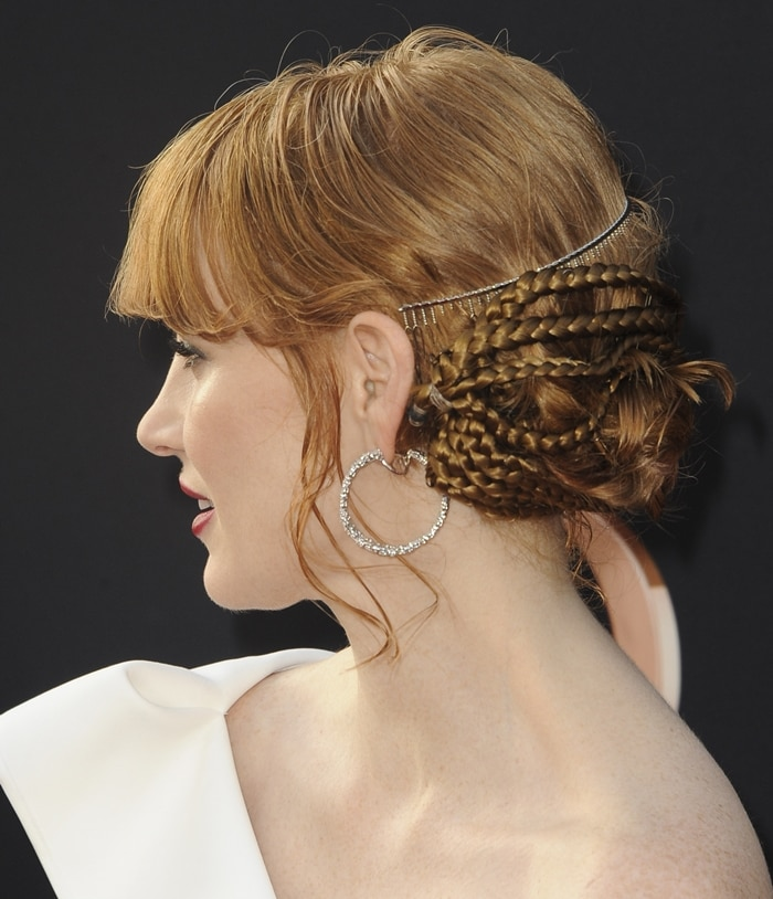 Jessica Chastain's red hair was styled by Los Angeles-based hairstylist Renato Campora