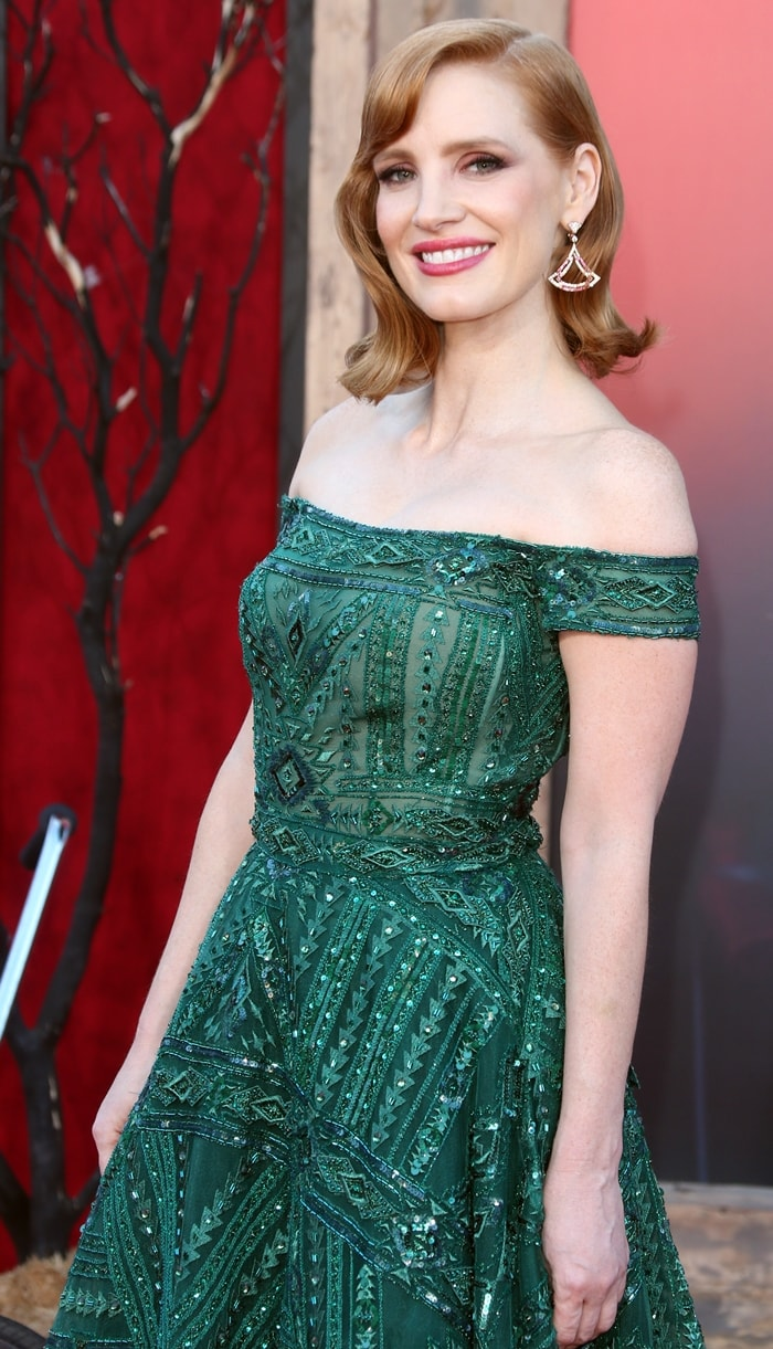 Jessica Chastain almost never dyes her red hair