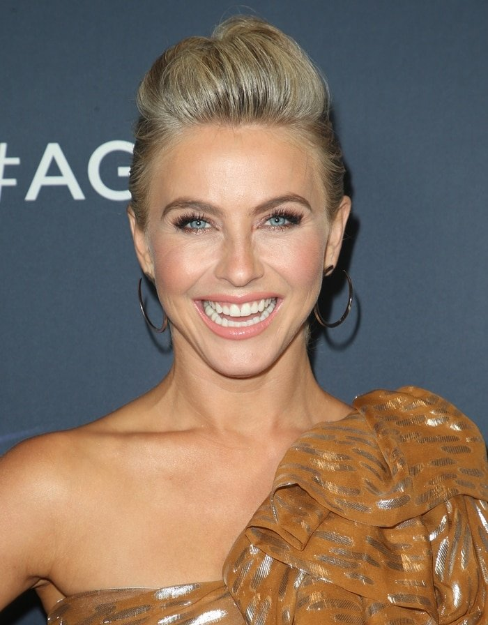 "Julianne Hough's silver Vita Fede 'Moon"" hoop earrings"
