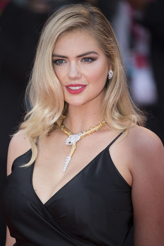 Kate Upton wearing Bulgari snake necklace and snake earrings