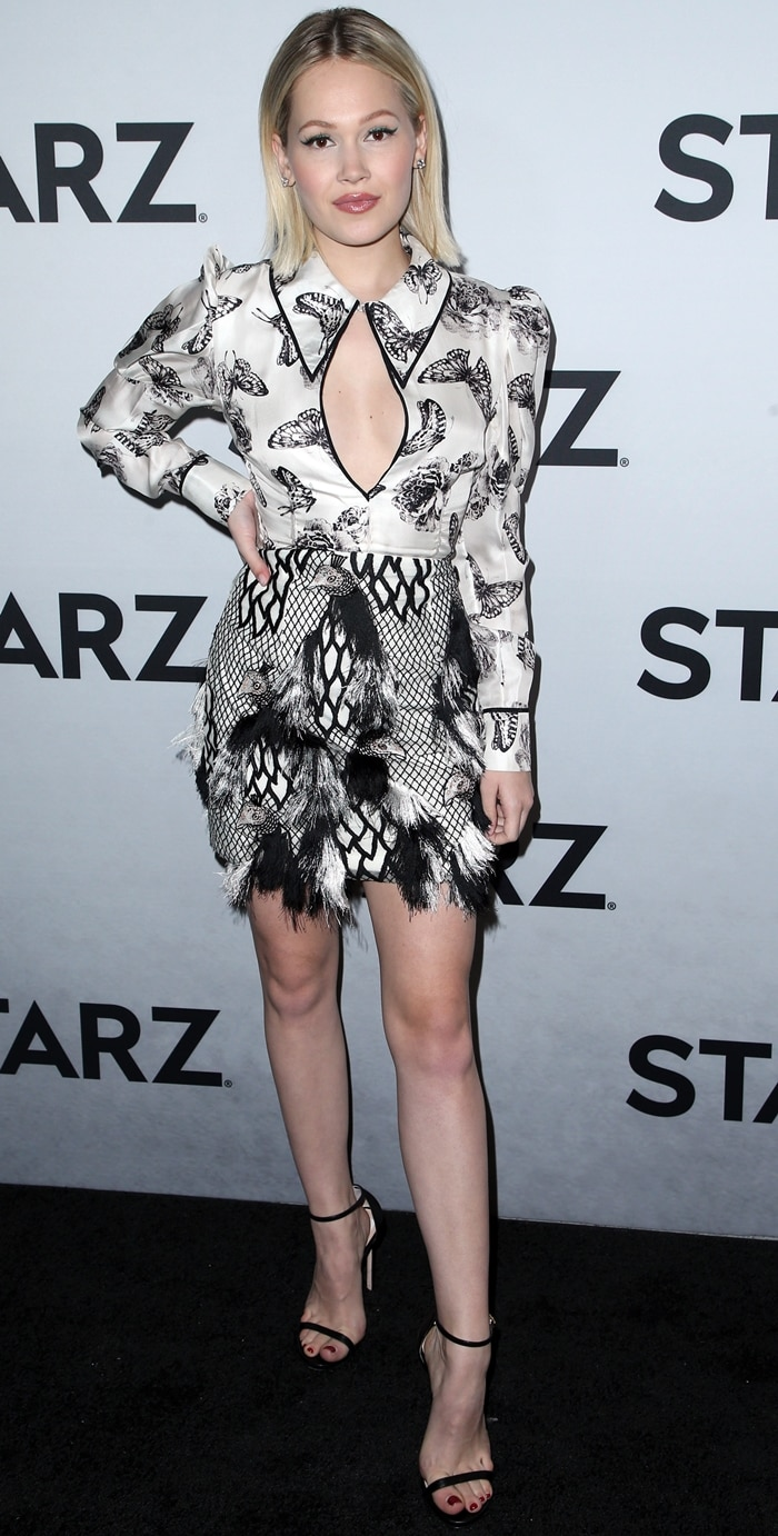 Kelli Berglund flaunted her incredible legs at the Starz 2019 Winter TCA Panel