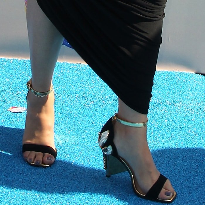 Lauren Jauregui's sexy feet in Aurora sandals from Femmes Sans Peur (FSP)