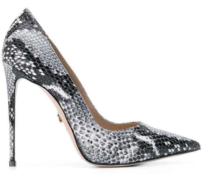 Le Silla Eva Pumps in Black Python