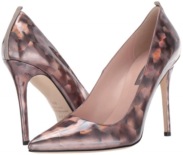 These pewter prismatic pumps are so hypnotizing
