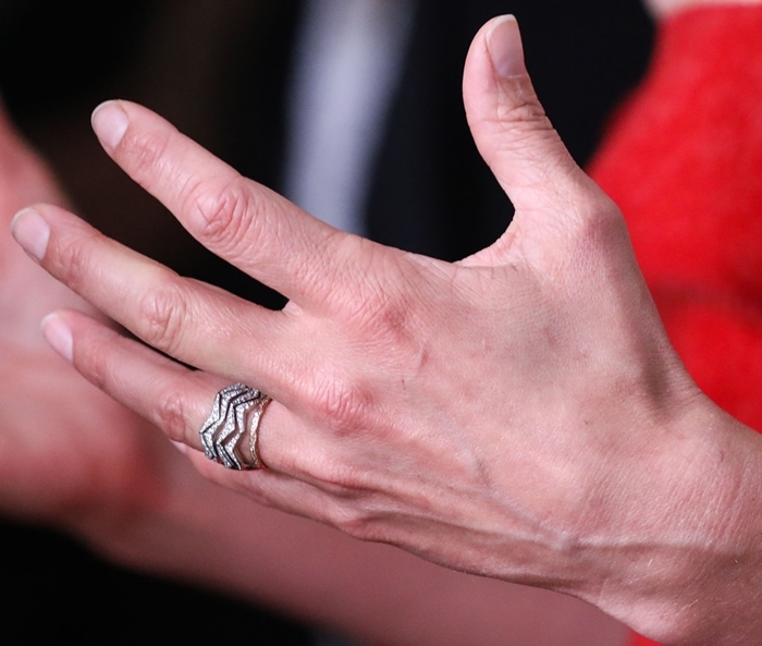Cobie Smulders shows off her rings and wedding band