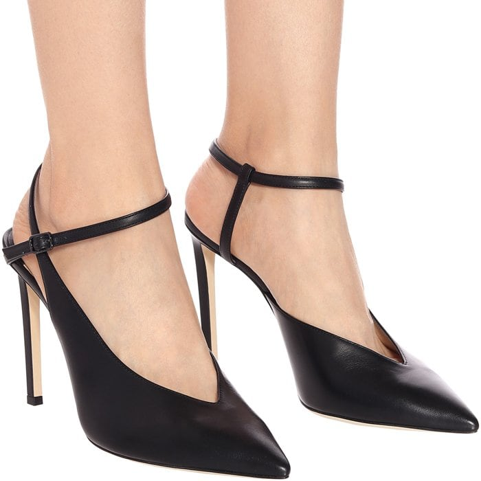 The Sakeya pumps from Jimmy Choo are an elegant design with a high-fashion silhouette