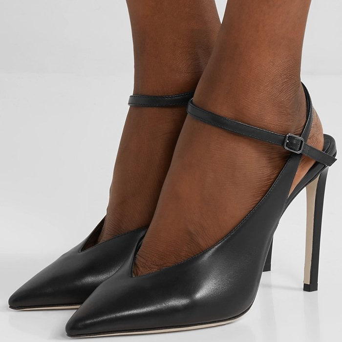 Made in Italy from smooth leather, they're set on thin stiletto heels and have a sharp V-shaped vamp that complements the sleek pointed toe