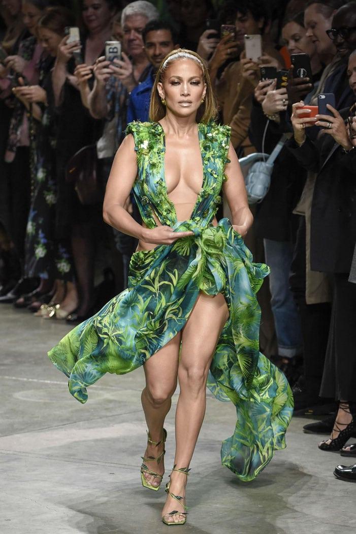 Jennifer Lopez Struts in Remake of Her Green Versace Dress