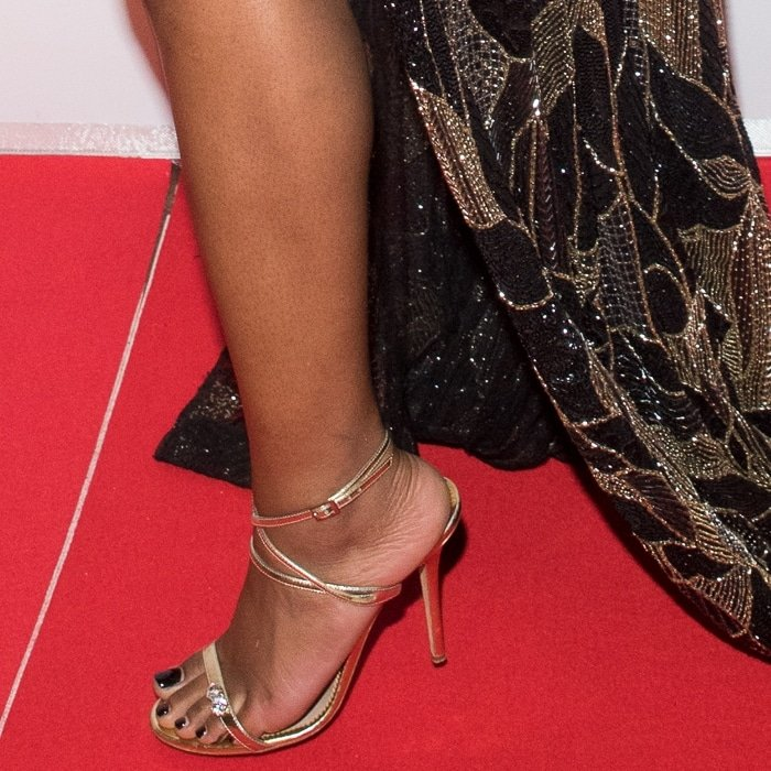 Keke Palmer's pretty feet in sandals by Giuseppe Zanotti