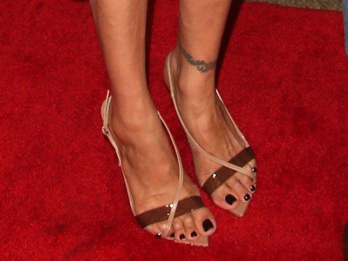 Lauren Silverman's feet in Gianvito Rossi pointy-toe sandals