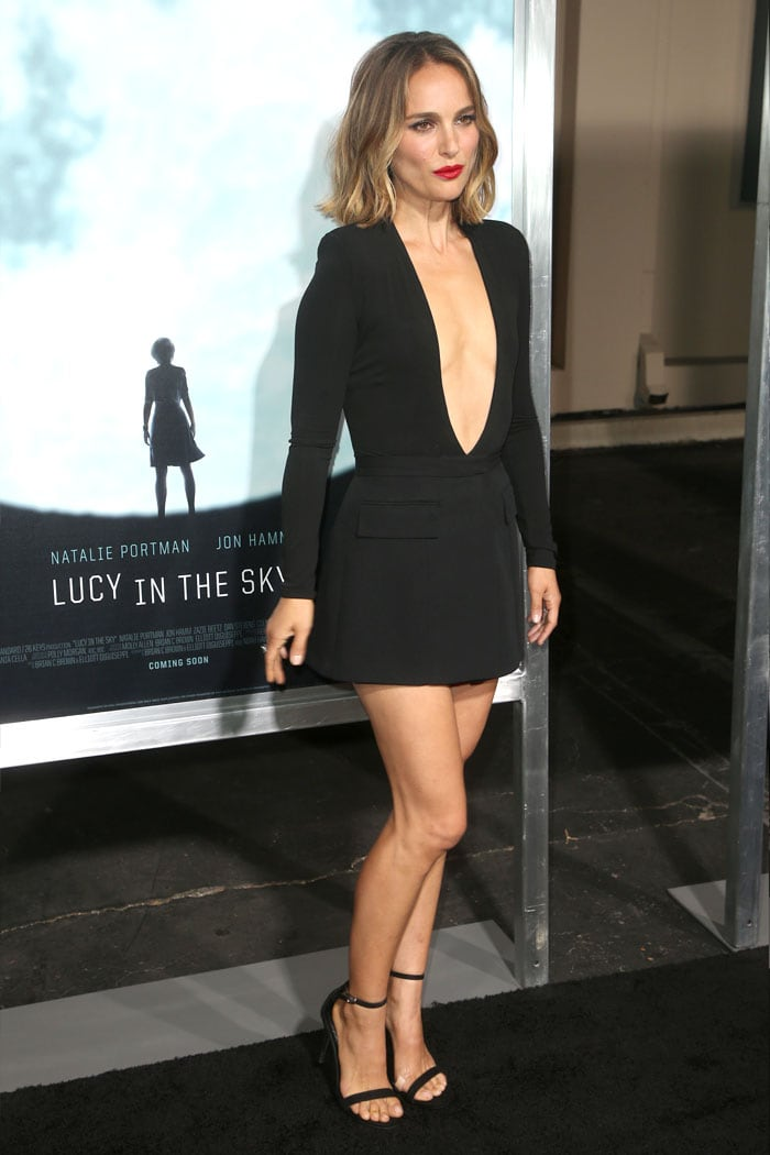Natalie Portmans Short Hair & Minidress at Dior Couture
