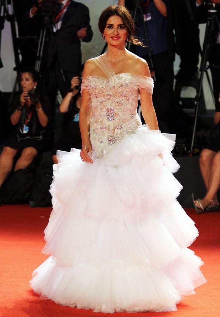 Penelope Cruz stunned in a white Ralph & Russo dress at the premiere of Wasp Network