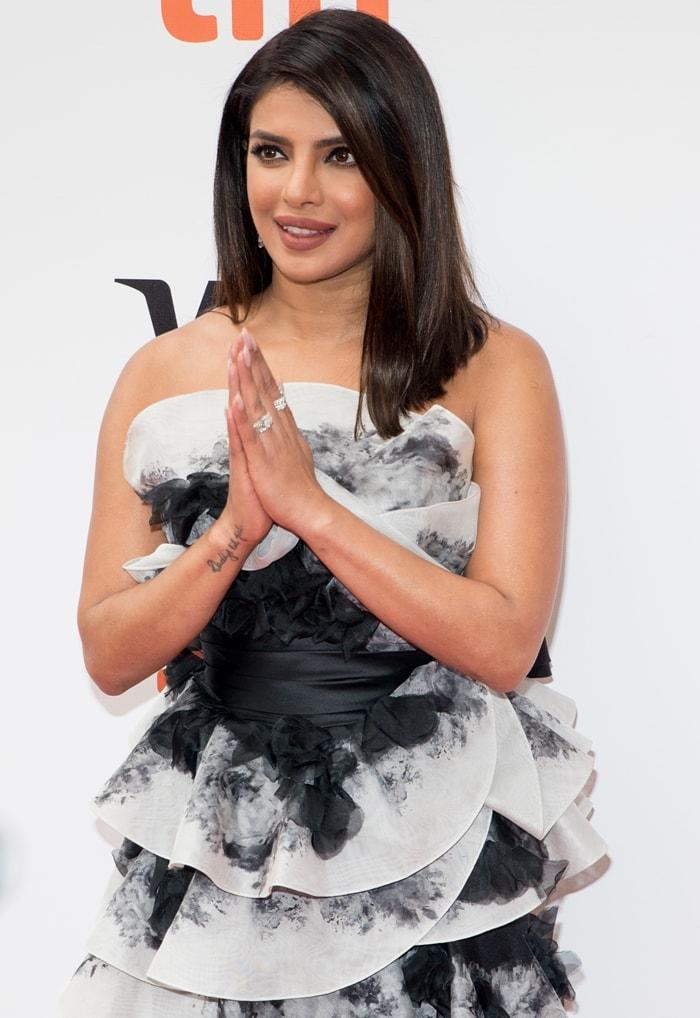 Priyanka Chopra shows off her glittering rings