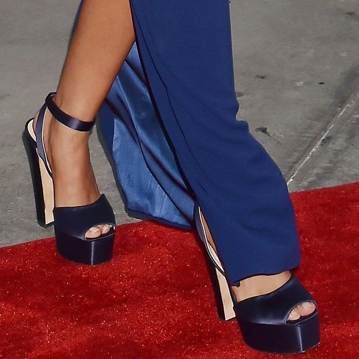 Sarah Hyland's navy blue satin Betty platform sandals from Giuseppe Zanotti