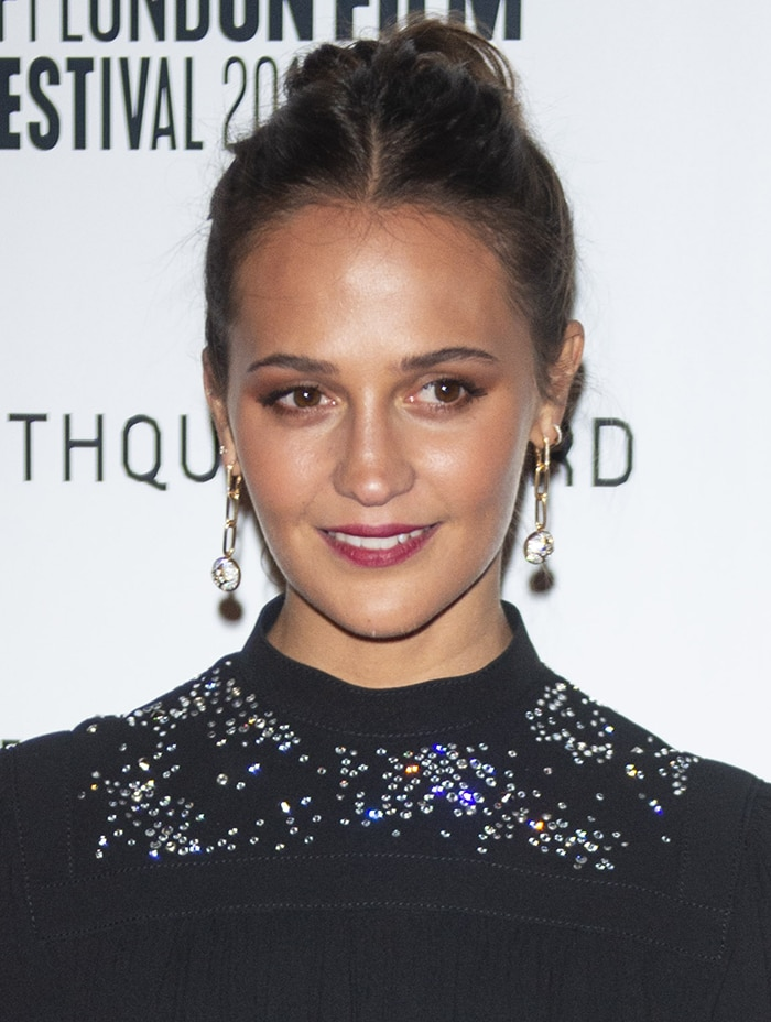 Alicia Vikander plays murder suspect Lucy Fly in the upcoming Netflix movie Earthquake Bird