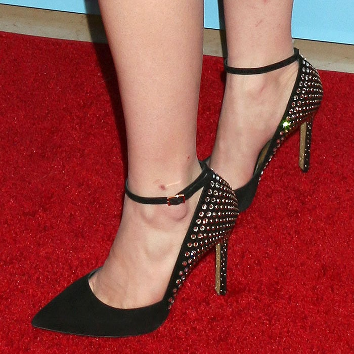 Ariel Winter's feet in Loriblu Jewel embellished-heel pumps