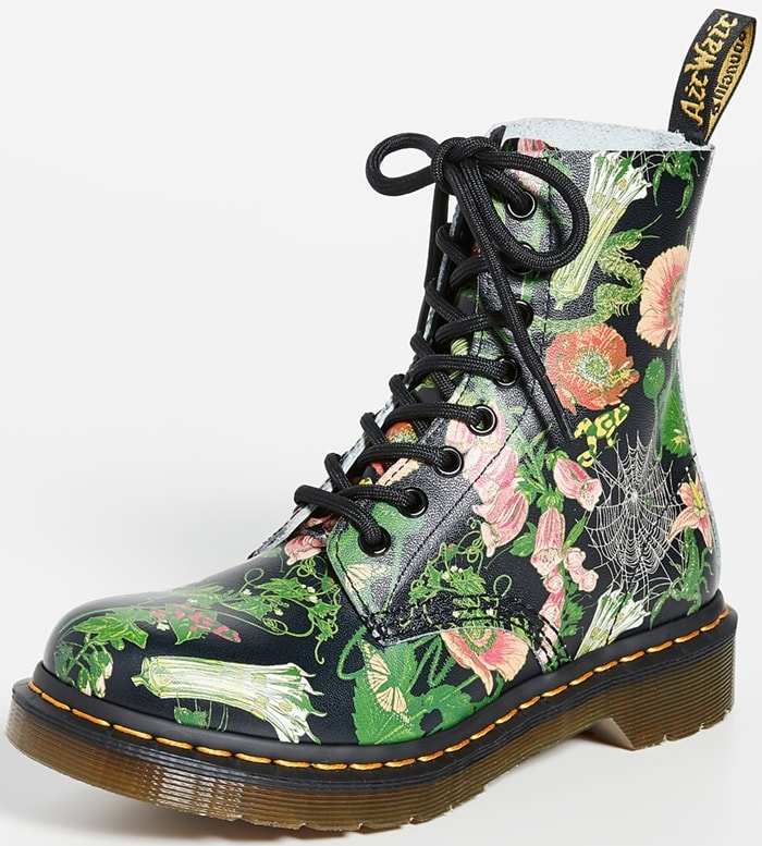 The classic 1460 8-eye boot has been reimagined with an overgrown wildflower print