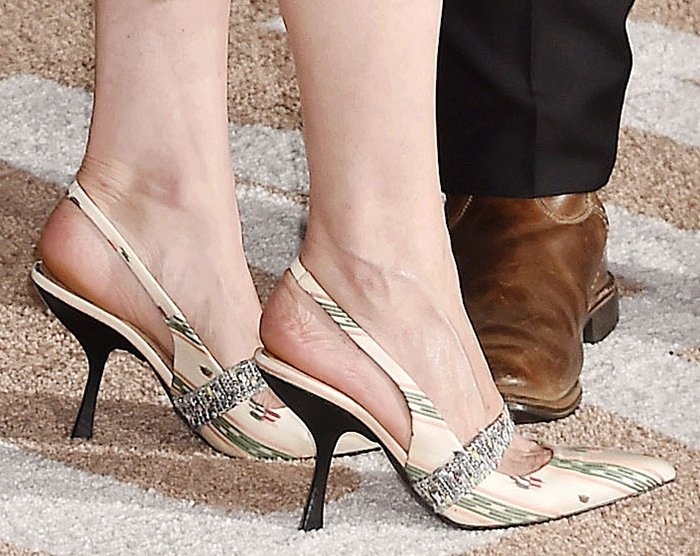 Kirsten Dunst flaunted her feet in striped jacquard pumps